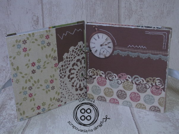 Wnętrze albumu scrapbookingowego - kolejne strony: kilka rodzajów papieru ozdobionych kwiatowym dziurkaczem i przeszyciami białą nicią