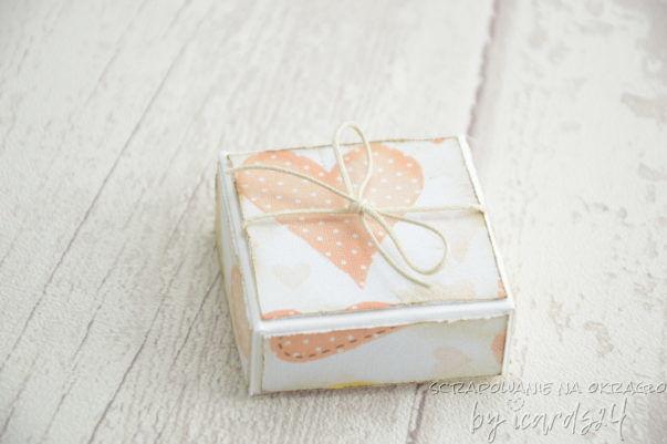 mini harmonijka z pudełkiem