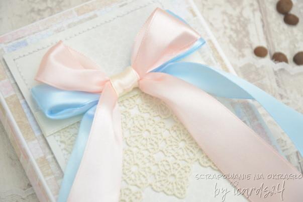 pamiątka z pudełkiem różowo-niebieska
