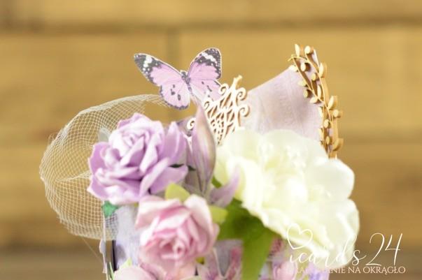 fioletowa babeczka
