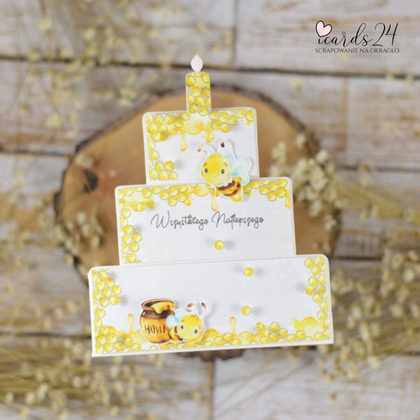 kartka w kształcie tortu